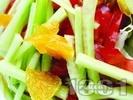 Рецепта Цитрусова салата от домати, краставици, портокал и грейпфрут